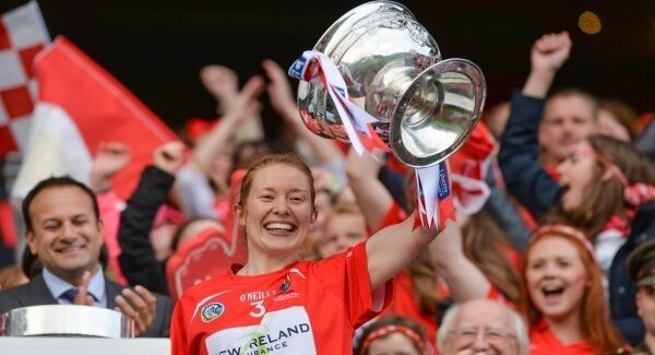 Cork captain Rena Buckley lifts The O'Duffy Cup after the All-Ireland Senior Camogie Final. Pic: Piaras Ó Mídheach/Sportsfile