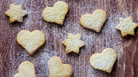 Bake: Shortbread can be used in a vast amount of ways