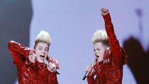 Jedward favourites to win 'Celebrity Big Brother'