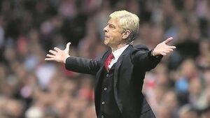 Arsene Wenger: Referees stuck in the 1950s