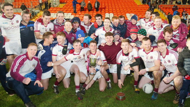 Slaughtneil celebrate with the trophy 26/11/2017