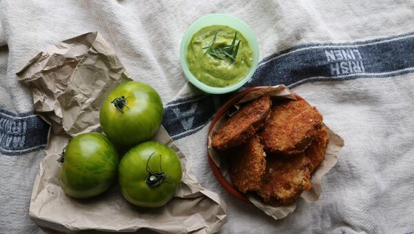 Fried green tomatoes with tarragon aioli