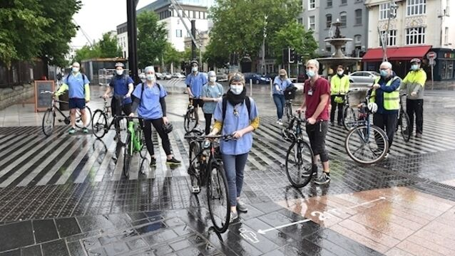 Doctors and medics who have launched a petition for a bike lane linking Cork's major teaching hospitals pictured at the Grand Parade Cork, included are Vincent Wall, Aisling, Meachair, Brian Bird, Tim Keady, Kim O'Brien, Adrianne Wyse, Donall Croinín, Siobhan Clarke, Eileen Kelleher, John McCarthy and Kieran Crowley. Picture Dan Linehan