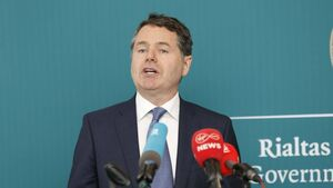 Ibec urges Donohoe to give €15,000 grant to 70,000 small firms to save jobs from Covid-19 hit