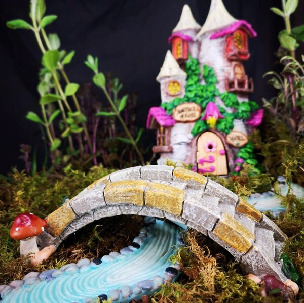 Away With The Fairies is an Irish company that makes accessories for fairy gardens.