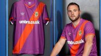 Umbro apologise for Linfield jersey likened to UVF flag