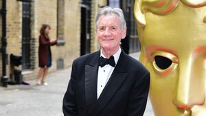 Michael Palin and Robert Lindsay stage Zoom play despite rain and phone calls