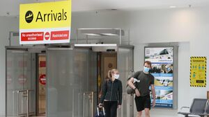 Covid-19: Number of US arrivals in Ireland a concern says health expert