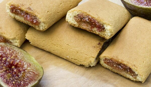 Fig roll biscuit, biscuits pastry with figs fill