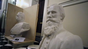Virginia's state capitol removes busts and statue honouring US Confederate leaders
