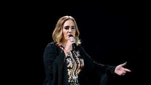 Adele posts snap celebrating 'Queen' Beyonce