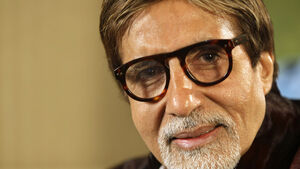 Bollywood star Amitabh Bachchan leaves hospital after coronavirus treatment