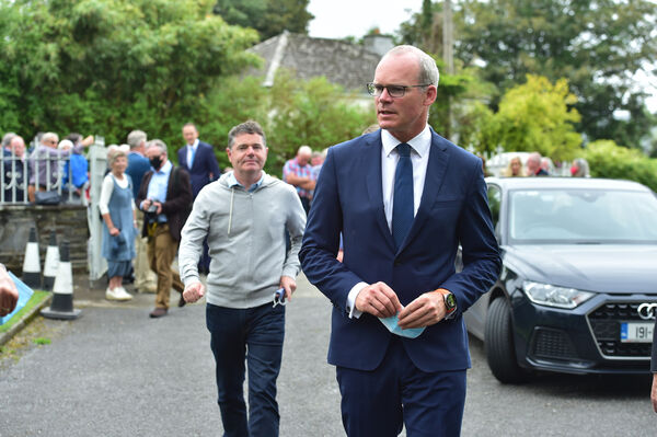 Simon Coveney T.D. Deputy Leader of Fine Gael and Minister for Foreign Affairs and Minister for Defence with Pascal Donoghue, Minister for Finance at the Requiem Mass for the late P.J. ( Paddy ) in the Church of Our Lady, Star of the Sea and St Patrick's, Goleen. Picture Dan Linehan