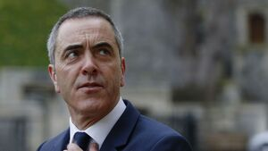 Cold Feet star Jimmy Nesbitt pays tribute after father dies