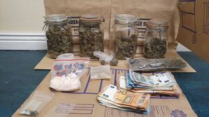 Woman, 30s, arrested following seizure of           €21,500 in drugs and cash