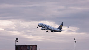 Ryanair reiterates threat to close Cork and Shannon bases due to Government 'inaction'