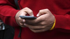 Reports of online child abuse images hit 'record           highs'