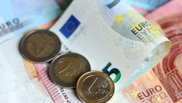 Existing claimants who were previously on over €400 per week, will automatically be adjusted to the new rate.