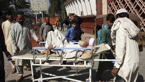 11 killed in stampede as Afghans seek Pakistan visas