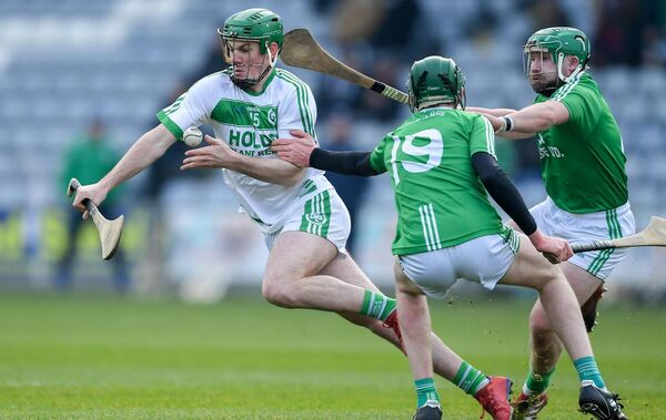 Eoin Cody of Ballyhale Shamrocks in action against Páidí O'Shea, centre, and Garry Bennett of St Mullin's during the 2019 Leinster Club Championship. Picture: Piaras Ó Mídheach/Sportsfile
