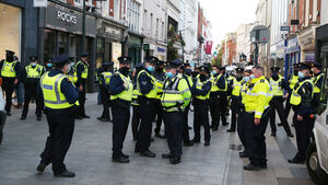 Grafton Street clashes: Gardaí arrest 11 people at 'anti-lockdown' protests
