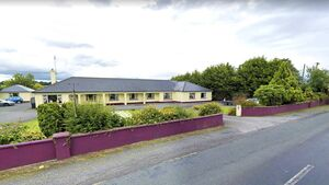 Covid-19: Nursing home 'feeling                     alone and helpless' after two staff left to care for                     residents