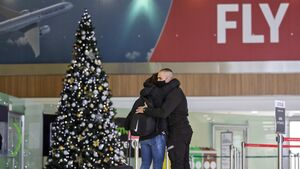 No hugging but government to dismantle travel restrictions for Christmas