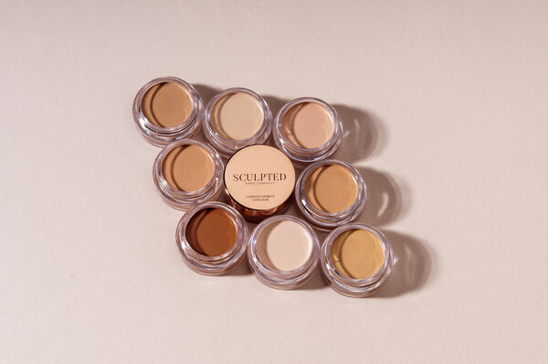 Sculpted by Aimee Complete Cover Up Concealer (€16.00, sculptedbyaimee.com)