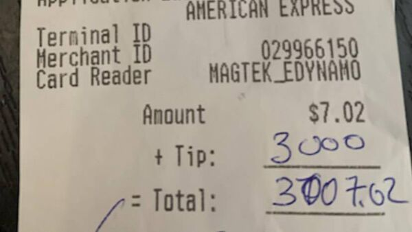 The whopping $3,000 tip for a pint of Stella left by the mystery customer. Picture: Aoife O'Regan