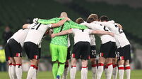 The Dundalk team huddle before the game 26/11/2020
