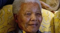 Mandela hit by lung infection