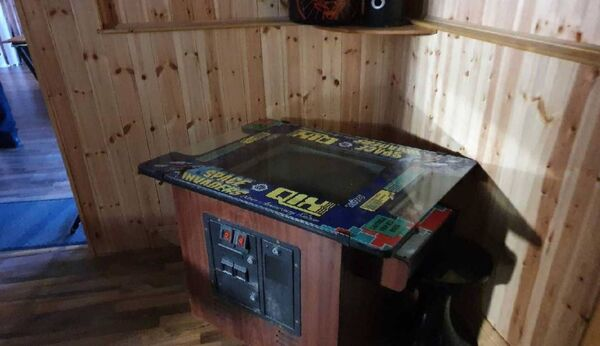 A retro arcade game located in the suspected Shebeen. Picture: Garda Info/ Twitter