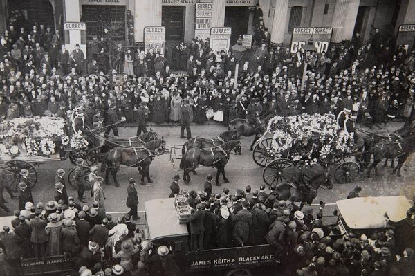 The funeral procession of Terence MacSwiney. Picture: Cork public Museum.