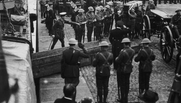 The bodies of British officers killed in Dublin during the Irish War of Independence are taken back to England for burial on the destroyer 'HMS Seawolf. Picture|:  FPG/Hulton Archive/Getty Images