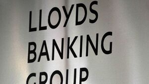 Lloyds may restart dividends payout