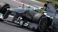 Rosberg takes early lead in Barcelona
