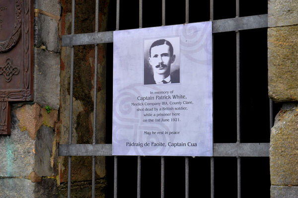 In memory of Captain Patrick White, Meelick Company IRA, County Clare, shot dead by a British soldier while a prisoner here on the 1st June 1921.