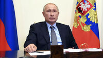 Russia extends ban on food imports for another year