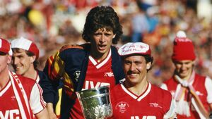 Getting a CD player instead of a medal for Anfield '89 made up Niall Quinn's mind to leave Arsenal