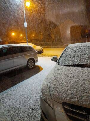 Snow in Athlone this evening. Picture: Emma Butler.