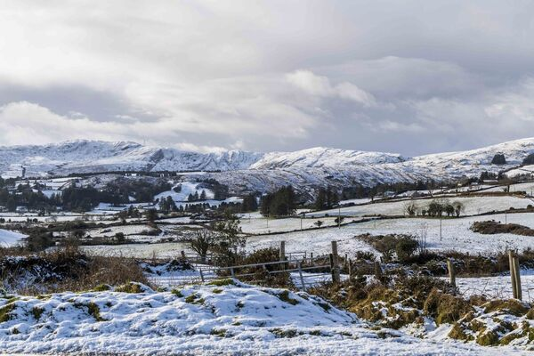 West Cork has been hit by heavy snow overnight and today. The snow fell heavily on Ballingeary. Picture: Andy Gibson.