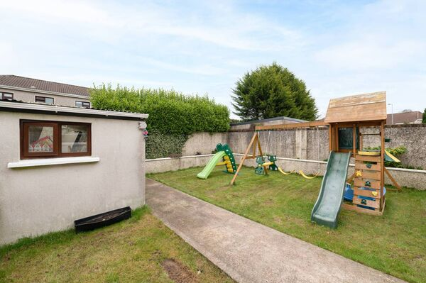 Rear garden and play space at 21 The Circle Broadale