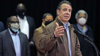 NY Governor Cuomo acknowledges behaviour seen as 'flirtation'