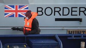 Life sentences for people smugglers considered as 100 migrants reach UK