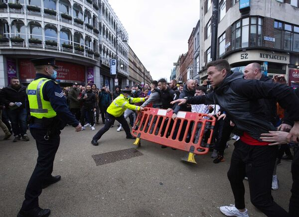 Last Saturday's lockdown protest in Dublin could be a harbinger of the alienation being felt by various sections of society, particularly amid the pandemic. Photo: Sam Boal/Rollingnews.ie