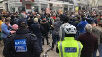 Anti-lockdown rally attracts hundreds of people into Cork city