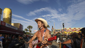 Naked Cowboy arrested while performing in Florida
