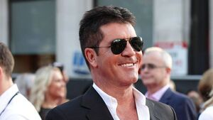 Tweets spark marriage rumours for Cowell