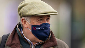 Paul Nicholls' Aintree gamble can pay-off