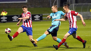 10-man Treaty Utd remain unbeaten after draw with Cobh